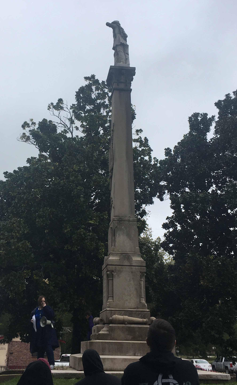 Cemetery Legends: Annie & Sidney Saunders