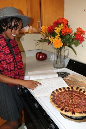 Willetta with a pie